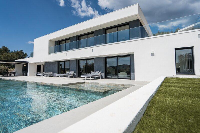 Villa La Calista - Le Tholonet - Maison de luxe moderne avec piscine et jardin, location de vacances à Le Tholonet