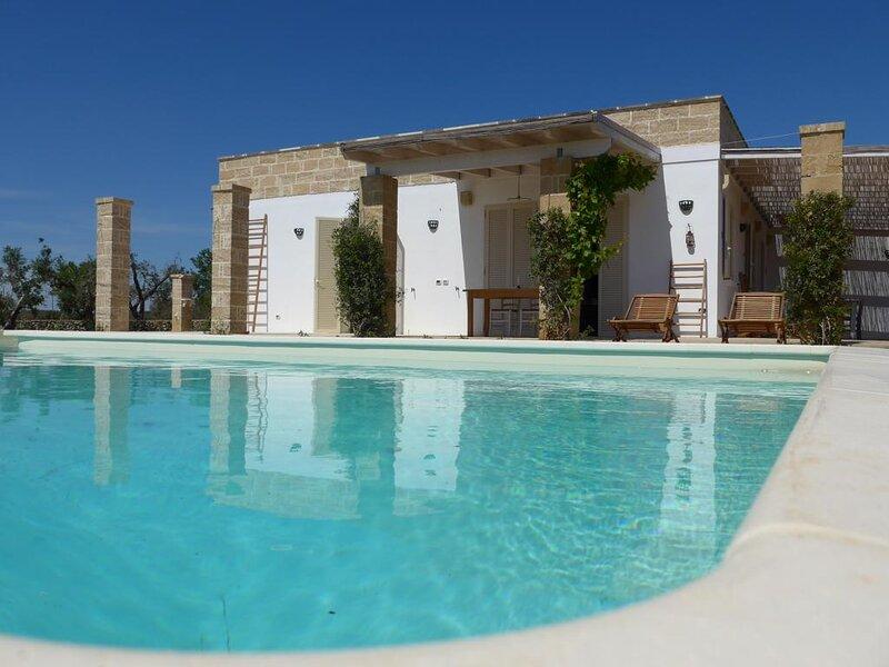 Salento esclusiva Villa a pochi minuti dal mare di Gallipoli, holiday rental in San Simone