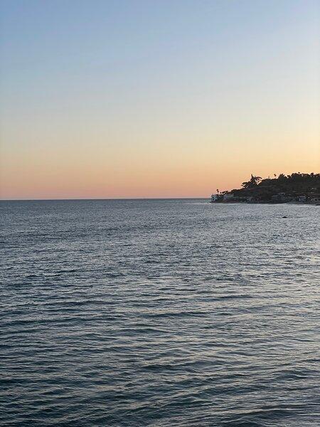 Spectacular BEACH FRONT with Secluded Beach, aluguéis de temporada em Westlake Village