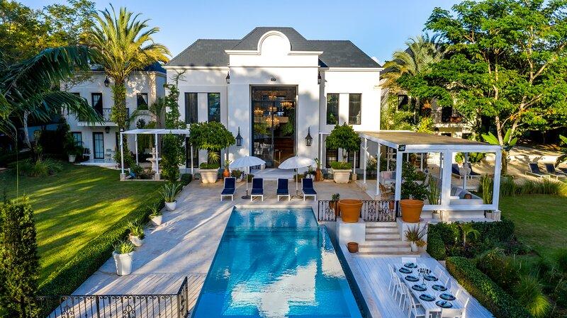Villa Du Cacique Luxury Property, holiday rental in La Romana Province