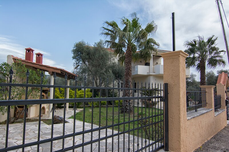 Villa Billy's,Luxury holidays in nature, holiday rental in Elos