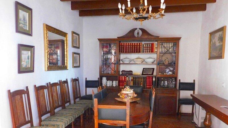 Historic Rural House in the Mountains of Huelva by Rafleys, alquiler vacacional en Minas de Riotinto