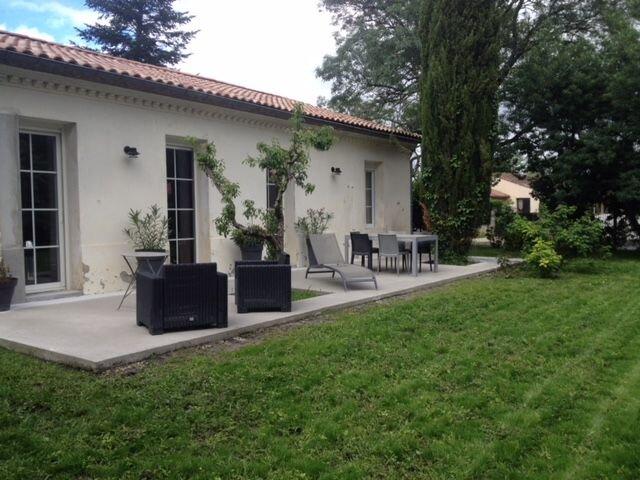 Amazing house with terrace & Wifi, holiday rental in Castelnau-de-Medoc