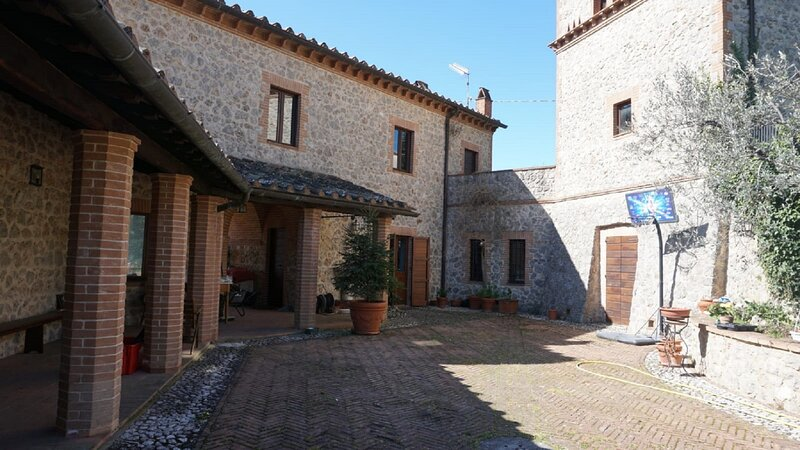 Casale La Torre, scappo in umbria, vacation rental in Castel dell'Aquila
