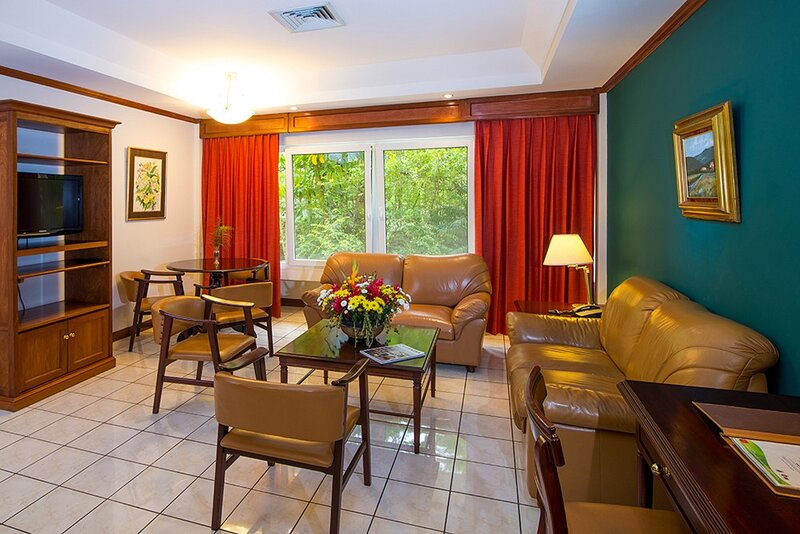 2 Bedroom at Country Club Apartment, holiday rental in San Rafael de Escazu