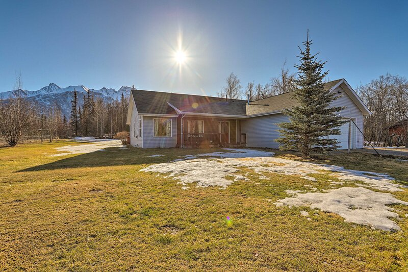 NEW! Palmer Escape w/ Mtn Views: Fishing + Hiking!, vacation rental in Palmer