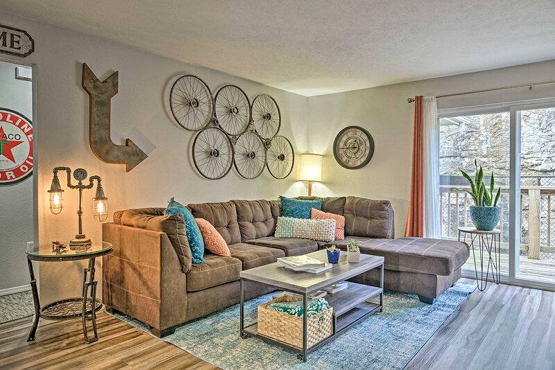 Branson Vacation Rental | Condo | 3BR | 2BA | Stairs Required | 1,280 Sq Ft