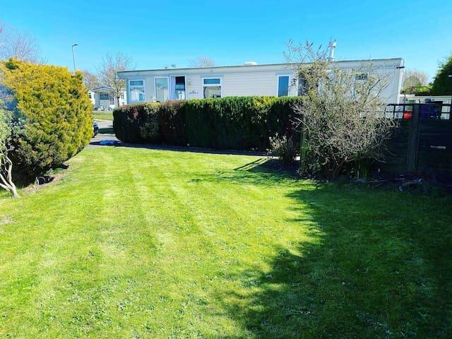 Rustic Retreat on Southview in Skegness, aluguéis de temporada em Skegness