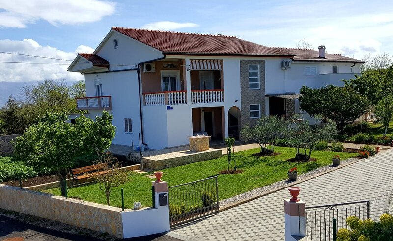 Sime - sea view: A1(4+2) - Vrsi, holiday rental in Vrsi