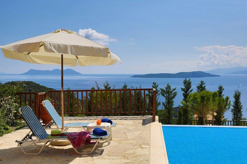 Villa Auriga - Spacious Villa with Magnificent Sea View, holiday rental in Poros