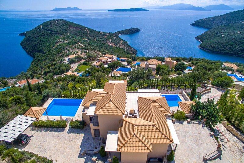VILLAS ADIORA - Luxury Spacious Villas for Big Groups, holiday rental in Poros