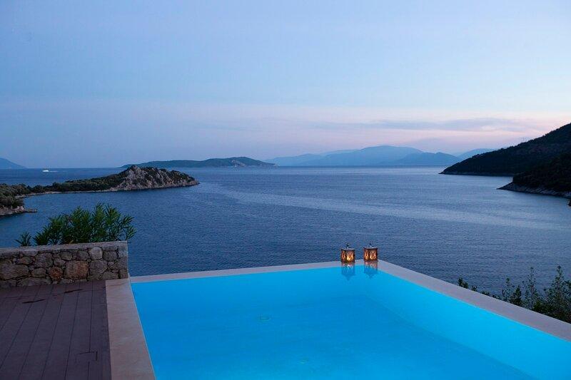 Villa Kalamos - Modern Villa in Sivota Bay with Direct Access to Sea, holiday rental in Poros