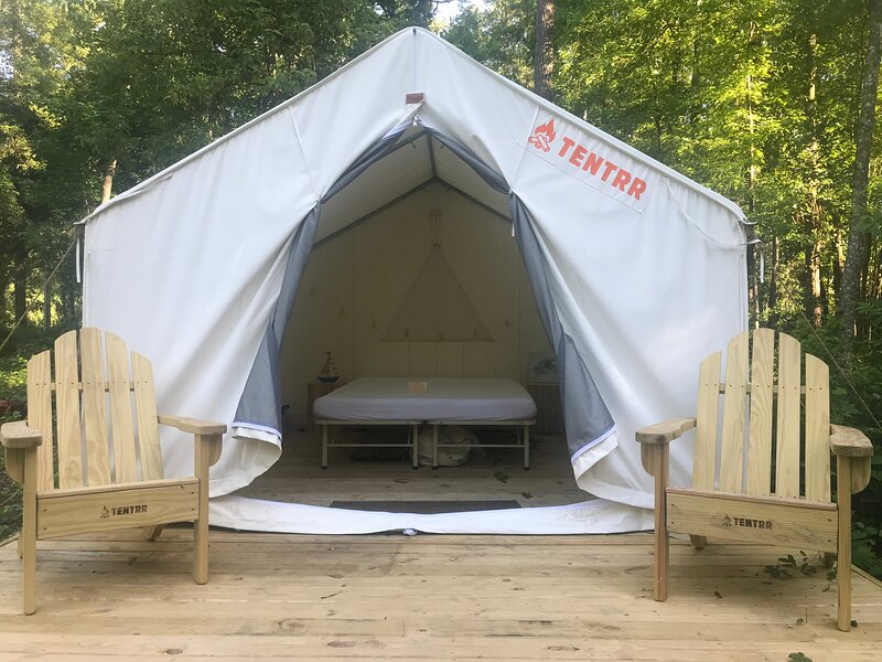 Tentrr State Park Site - Bogue Chitto State Park Site A, holiday rental in Franklinton