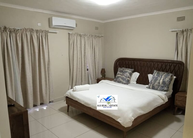 Exclusive apartment in Handsworth - 3 bedrooms, holiday rental in Lusaka Province
