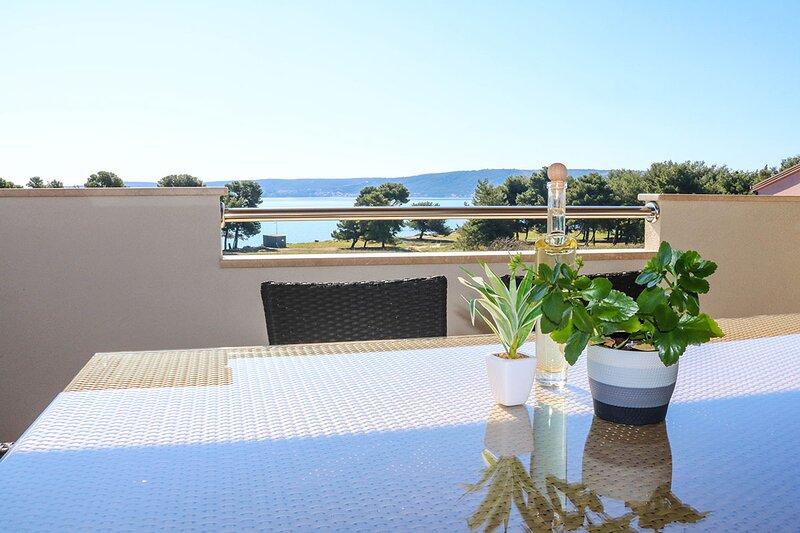Beach apartment Andjela, casa vacanza a Kastel Stafilic