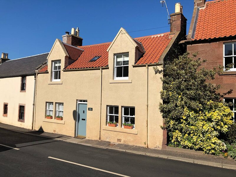 Beautiful 2 Bed Cottage in Stenton, East Lothian, holiday rental in Gifford