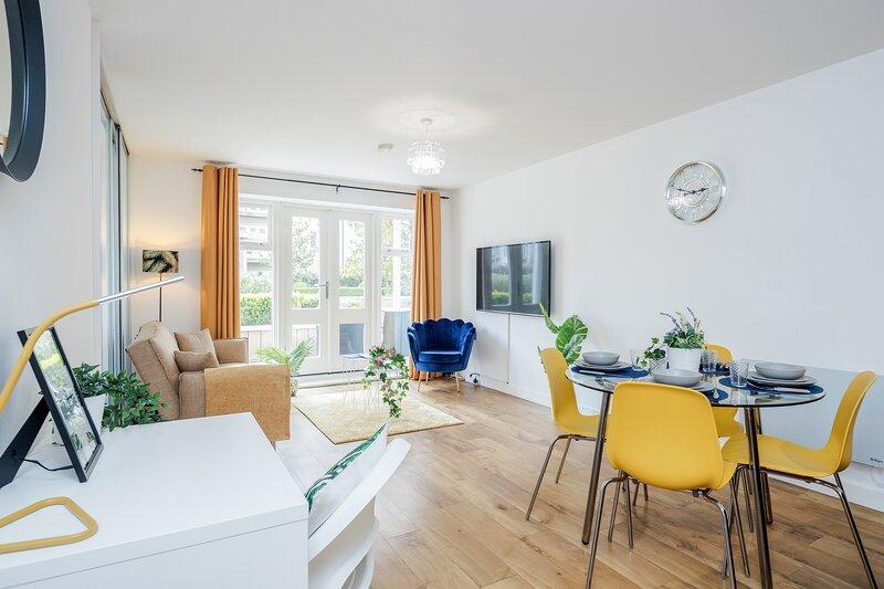 Luxury 1 bed apartment, alquiler vacacional en Colnbrook