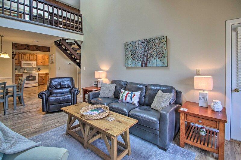 NEW! Inviting Bartlett Condo: 1 Mi to Ski Resort!, vacation rental in Glen