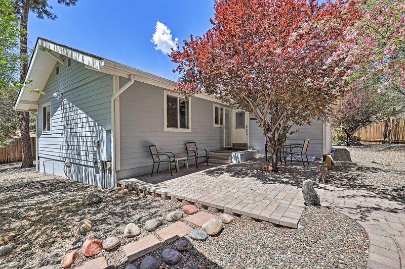 NEW! Pet-Friendly Prescott Home w/ Fenced-In Yard!, holiday rental in Mayer