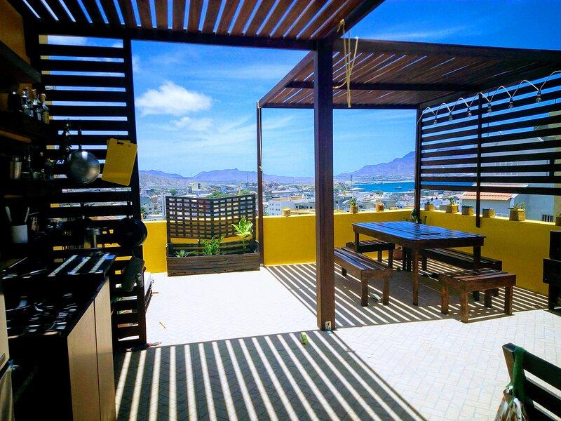 Casa Bom Dia (Keto Guesthouse), holiday rental in São Pedro