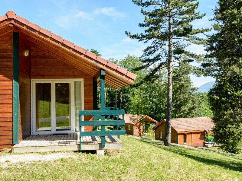 Location Gîte Châtel-en-Trièves, 3 pièces, 5 personnes, holiday rental in La Mure