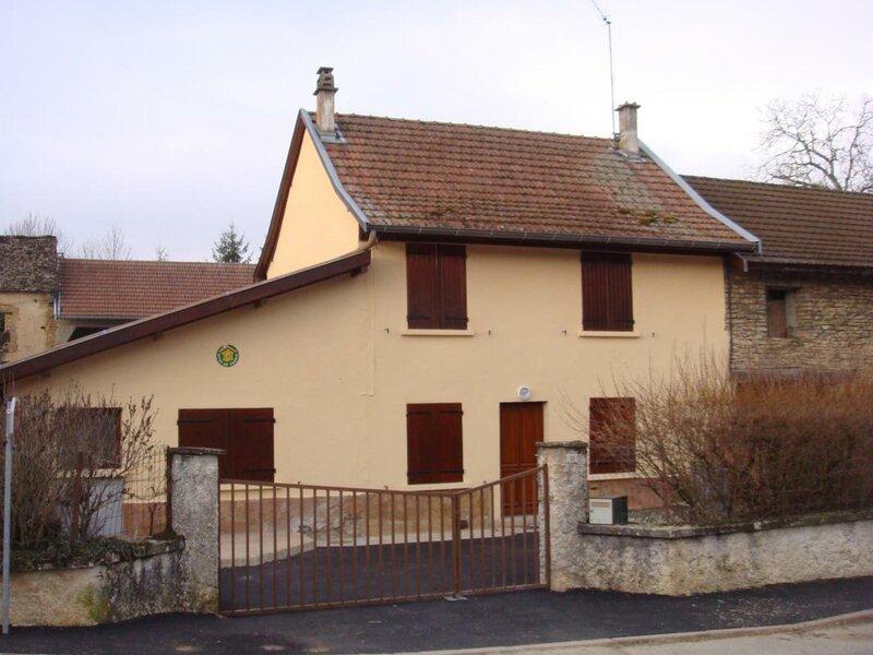 Gite de Chatelans, location de vacances à Saint-Baudille-de-la-Tour