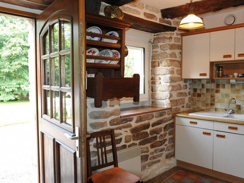 QUISTINIC - 4 pers, 68 m2, 3/2, location de vacances à Baud