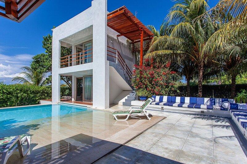 Car077 - Beachfront house in La Boquilla, Cartagena, holiday rental in La Boquilla