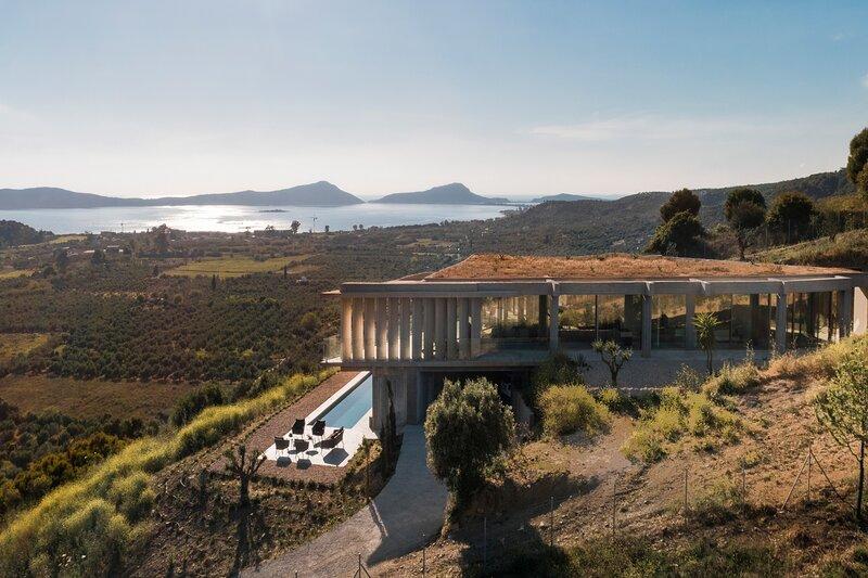Unique designer Villa near Pylos, holiday rental in Gialova