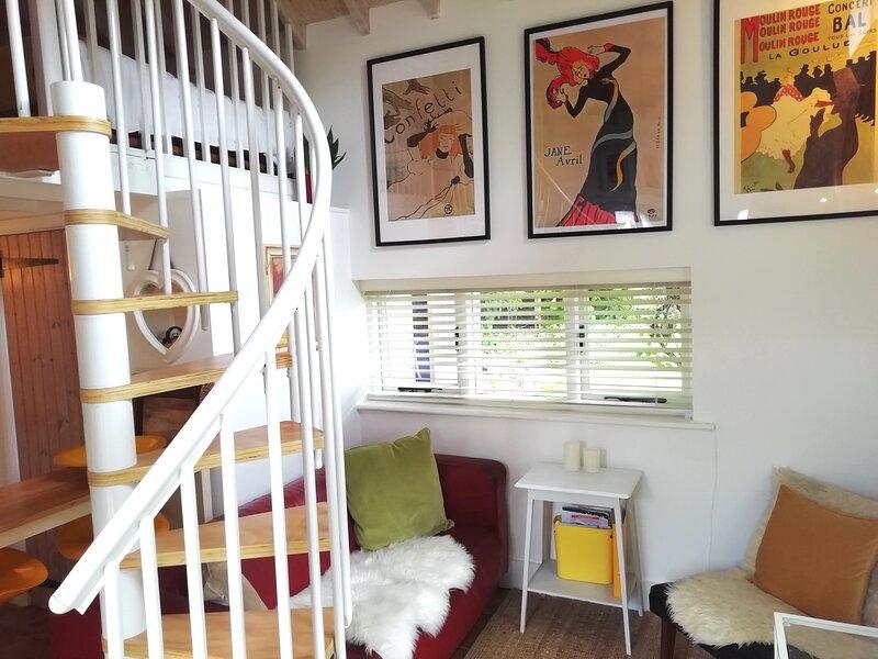 Unique retreat cottage (Free Parking/ Pet Friendly), casa vacanza a Brighton and Hove