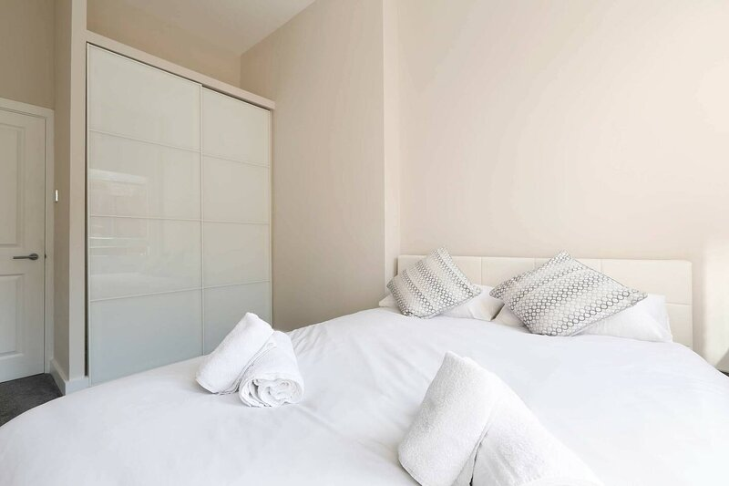 Beach Apartment with 2 bedrooms, holiday rental in Shoreham-by-Sea