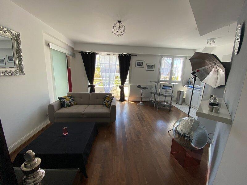 Charmant appartement en bord de Cher, location de vacances à Saint-Pierre-des-Corps
