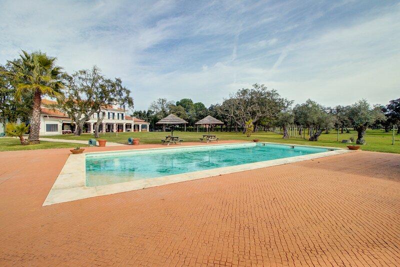 Villa dos Duques, location de vacances à Santo Estevao