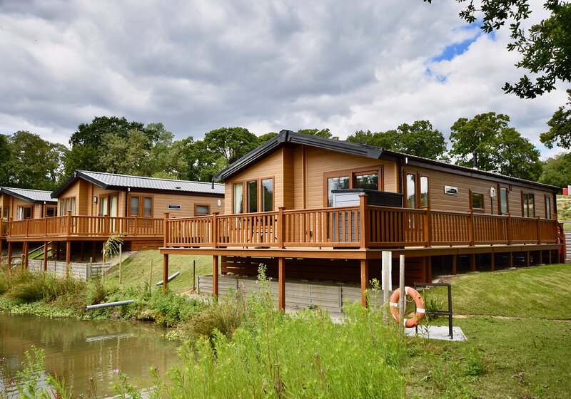 Poppy Lodge perfect for Bird Watching and Stargazing, casa vacanza a Fishbourne