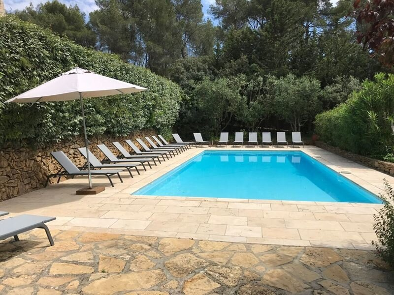 Family Apartment, 2-8 People, In Provence Mas 16th Cent, Pool, Garden, Parking, vacation rental in Le Beausset
