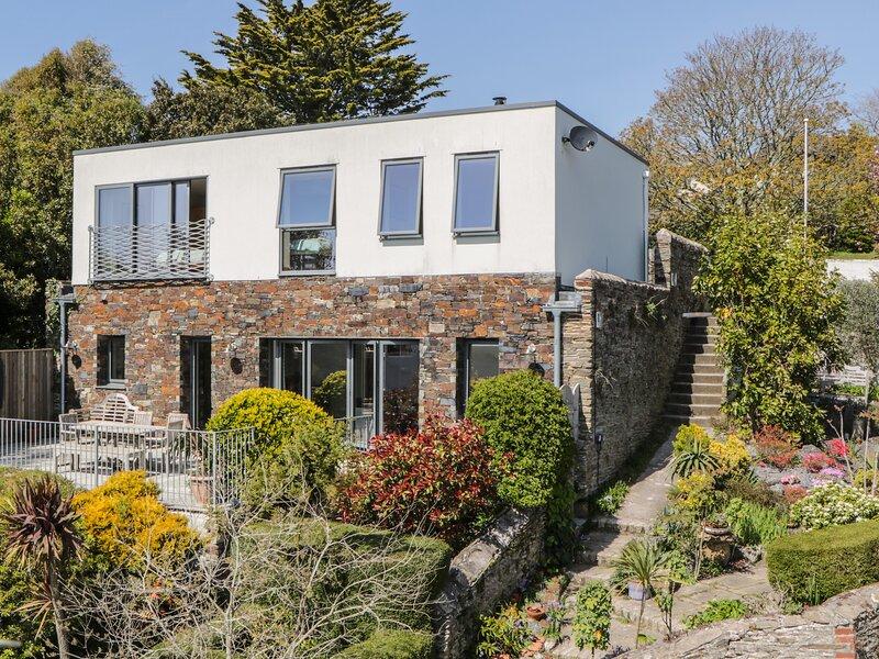 MOON LIZARD, En-suite, Enclosed terrace, Open-plan living, Newton Ferrers, casa vacanza a Brixton