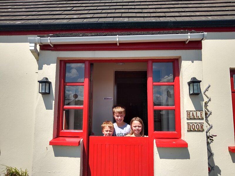 Half Door Cottage Doolin, holiday rental in Liscannor