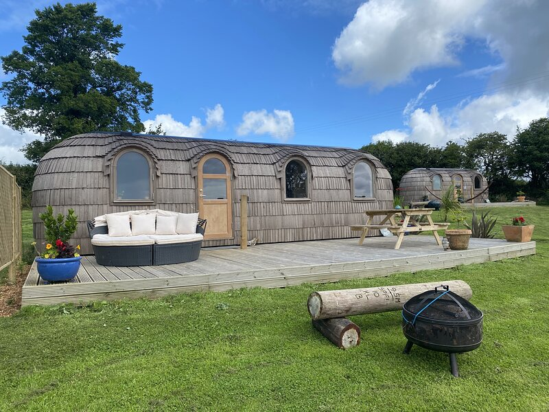 Lydcott Glamping: The Pasty - luxurious glamping near Looe, Cornwall, holiday rental in Seaton
