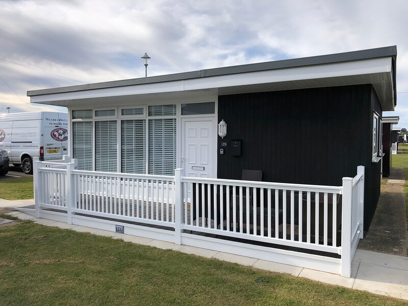 No.29 Cherry Park Accessible Holiday Let in Chapel St Leonards, holiday rental in Chapel St. Leonards