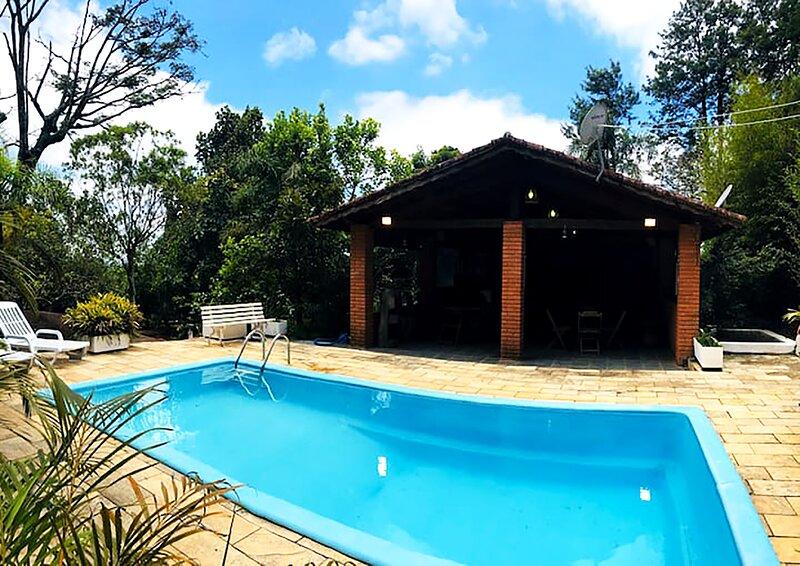 Mairiporã - chácara com Wi-Fi, piscina e churrasq, location de vacances à Atibaia