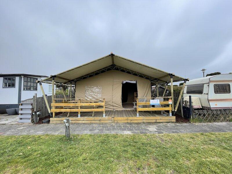 Safaritent IJmuiden aan Zee, holiday rental in Velsen