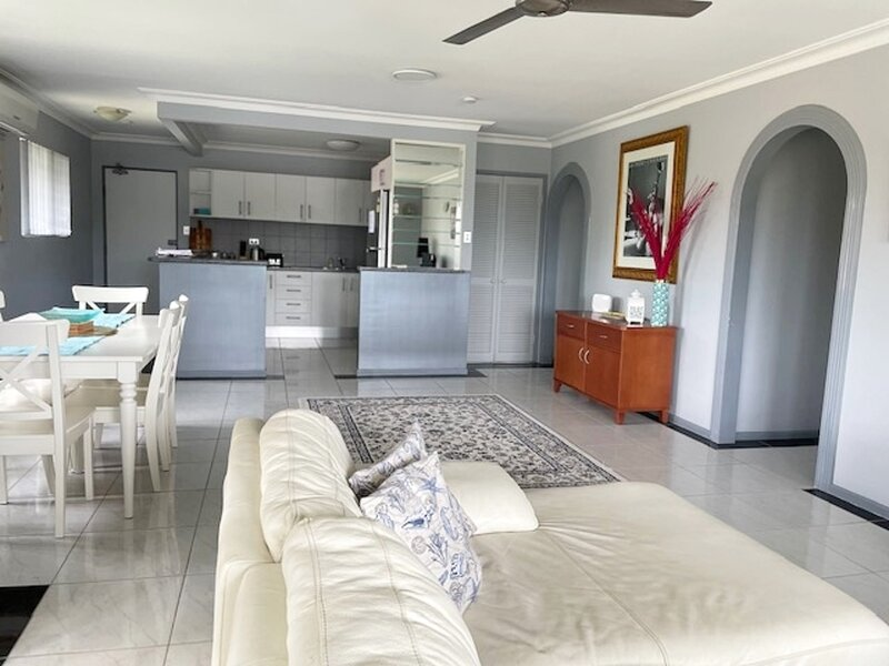 Seaclusion on Toorbul, holiday rental in Bongaree