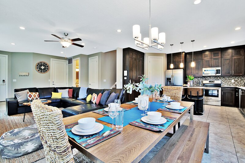 Dining Area with a seating for 8