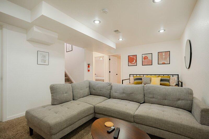 * Marbella Lane - 4BR Cozy & Comfy | Northglenn, location de vacances à Thornton