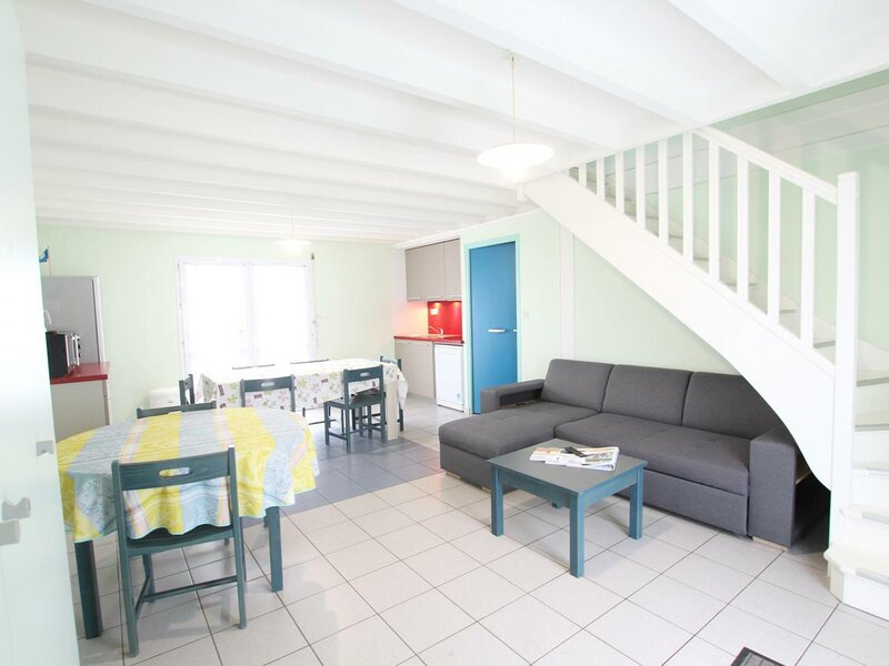 Gîte n° 12 du village Clairefontaine, holiday rental in Saint-Germain-des-Vaux