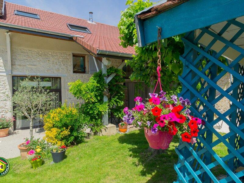 Au jardin des Toiles, holiday rental in Les Echelles