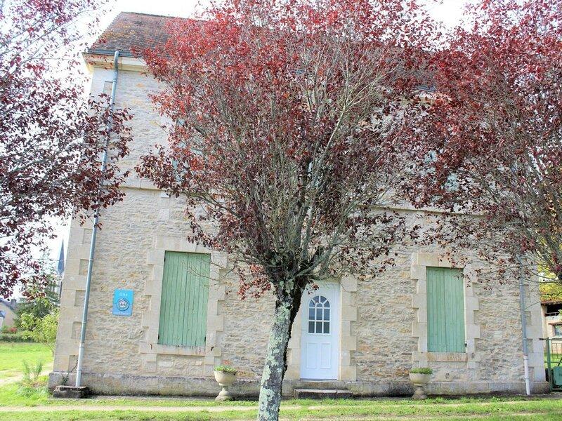 Le Bourg, vacation rental in Saint-Antoine-d'Auberoche
