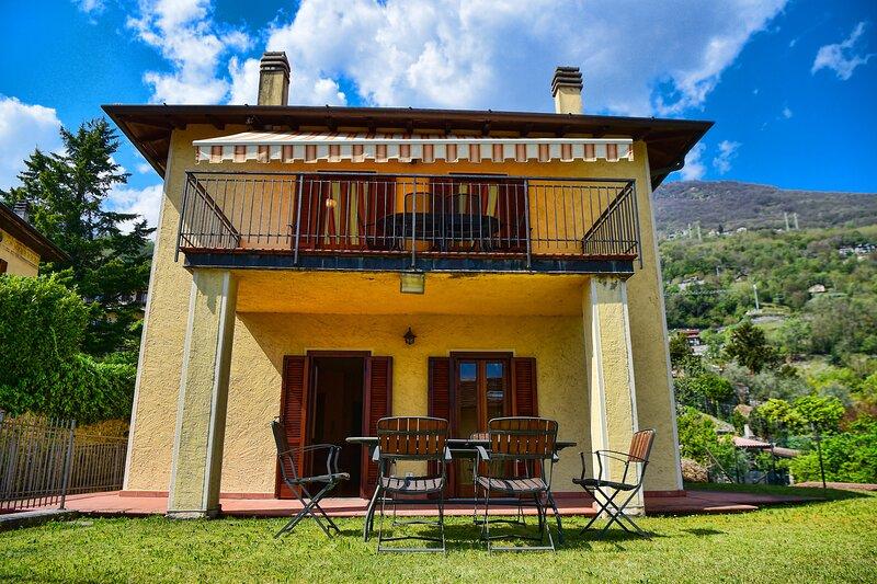 Easy Welcome Casa Letizia, vacation rental in Dascio