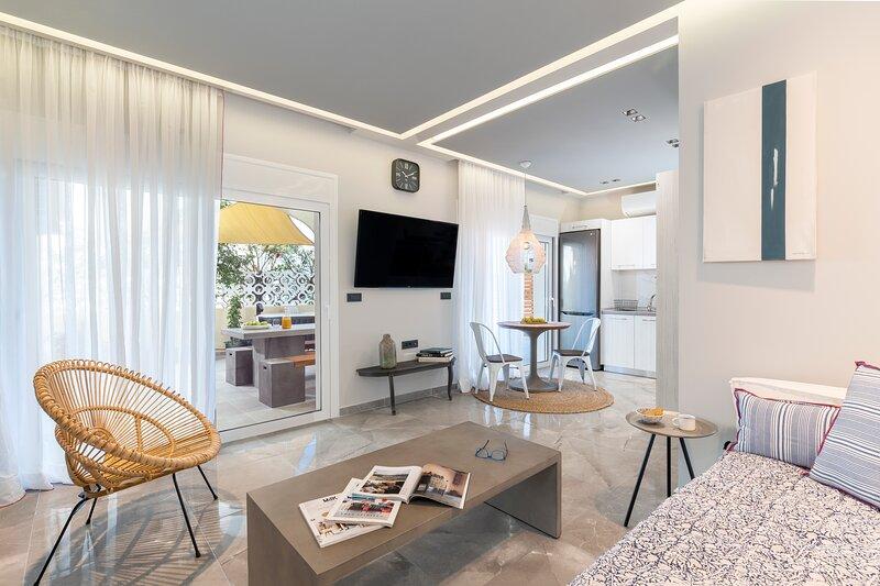 Anthos Delux Suites, holiday rental in Ialysos