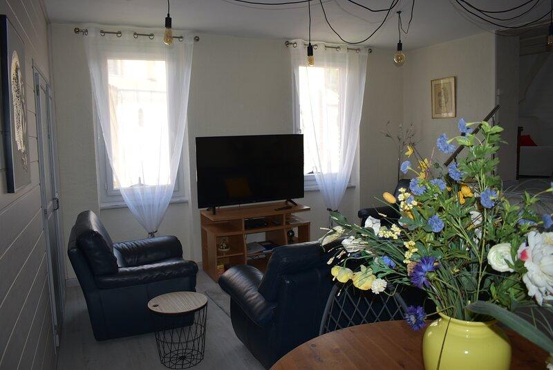 Maison de charme dans le Gers, holiday rental in Cazaux-Saves
